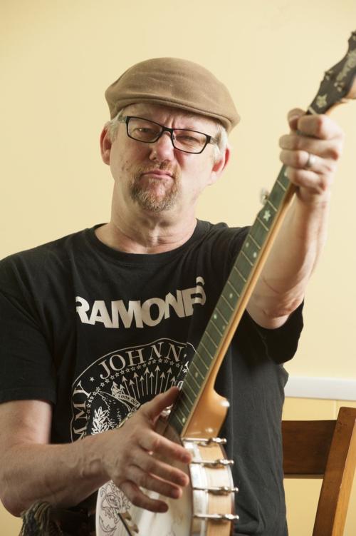 Russ-guitar